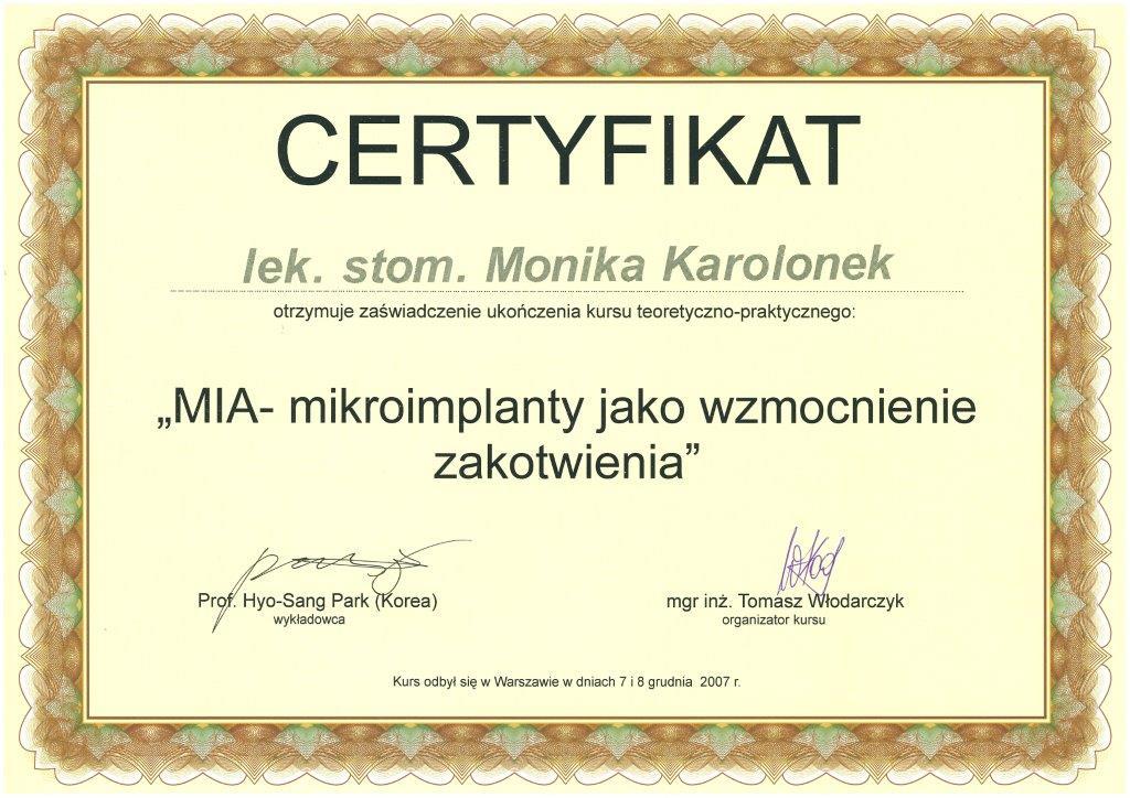 Monika12